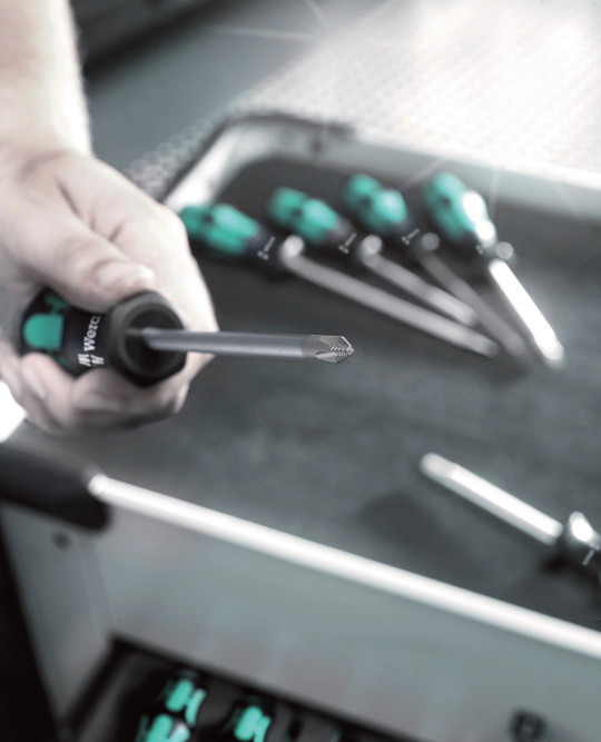 Lasertip screwdrivers